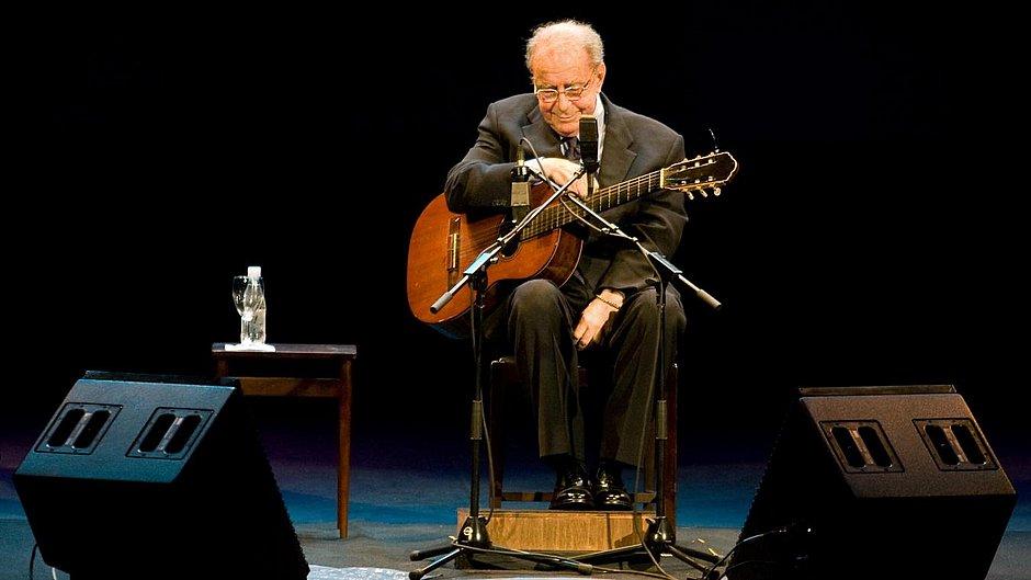 Artistas lamentam morte de João Gilberto: 'Maior gênio da música brasileira'