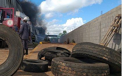 O descarte inadequado de pneus tem um enorme impacto para a saúde humana e o meio ambiente