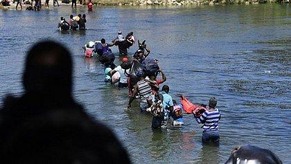 EUA deportam 30 crianças brasileiras para o Haiti em meio a crise migratória
