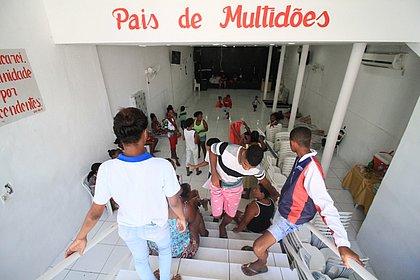 Igreja Batista, na Vila Picasso, abriga 75 adultos e 57 crianças
