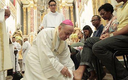 Missa de Lava-Pés relembra fiéis da necessidade de humildade e de perdão