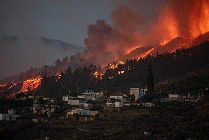 Vulcão nas Ilhas Canárias apresenta 'instabilidade' e nível de alerta aumenta