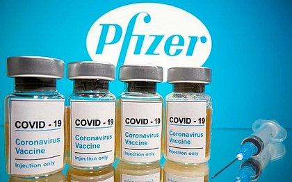 Pfizer entrega hoje novo lote de vacinas contra a covid-19