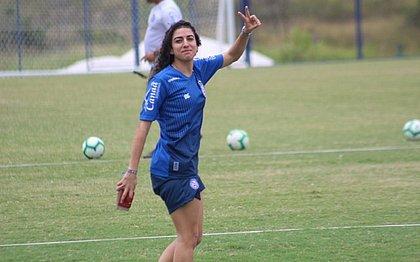 Bahia anuncia a contratação da atacante Verena, ex-Vitória