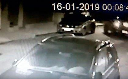 Homem é preso em flagrante após atropelar esposa e dois filhos; veja vídeo