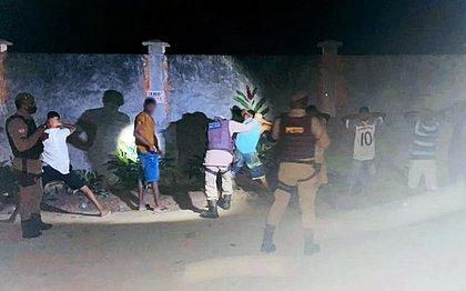 PM vai encerrar festa em Ipiaú e é recebida a tiros por participantes