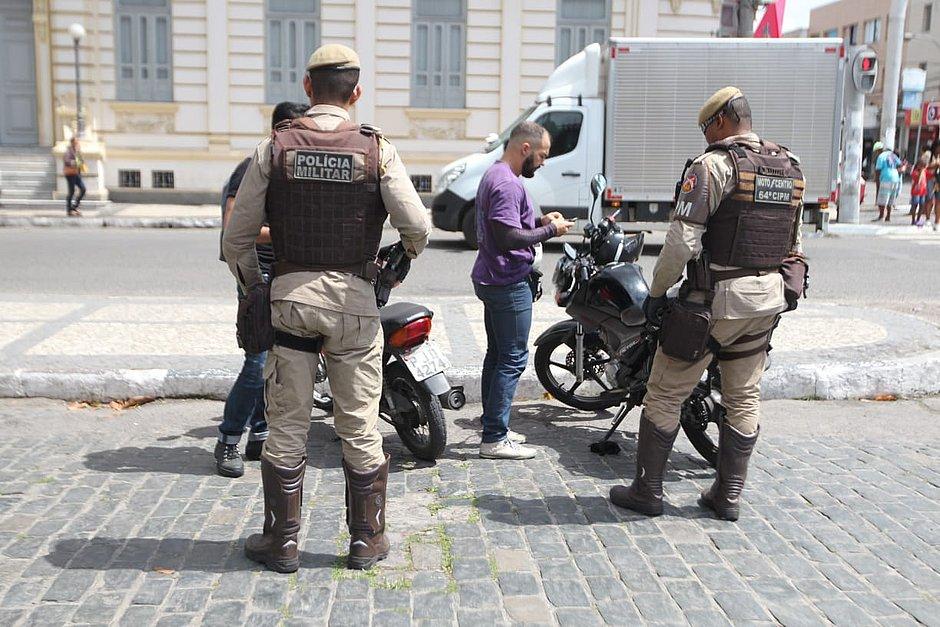 Greve da PM: policiamento é reforçado em Feira de Santana