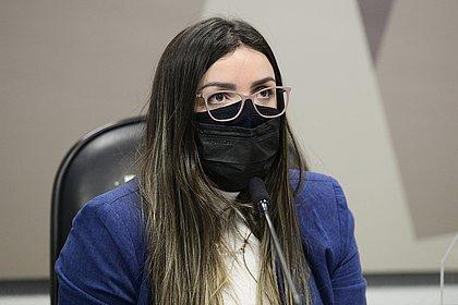 Emanuela diz que Precisa também tentou negociar redução de preço da dose