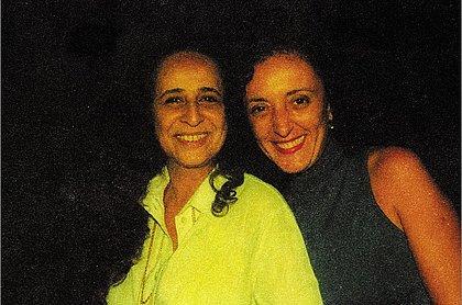 Maria Bethânia e Rita Assemany no Sarau do XVIII em agosto de 2001