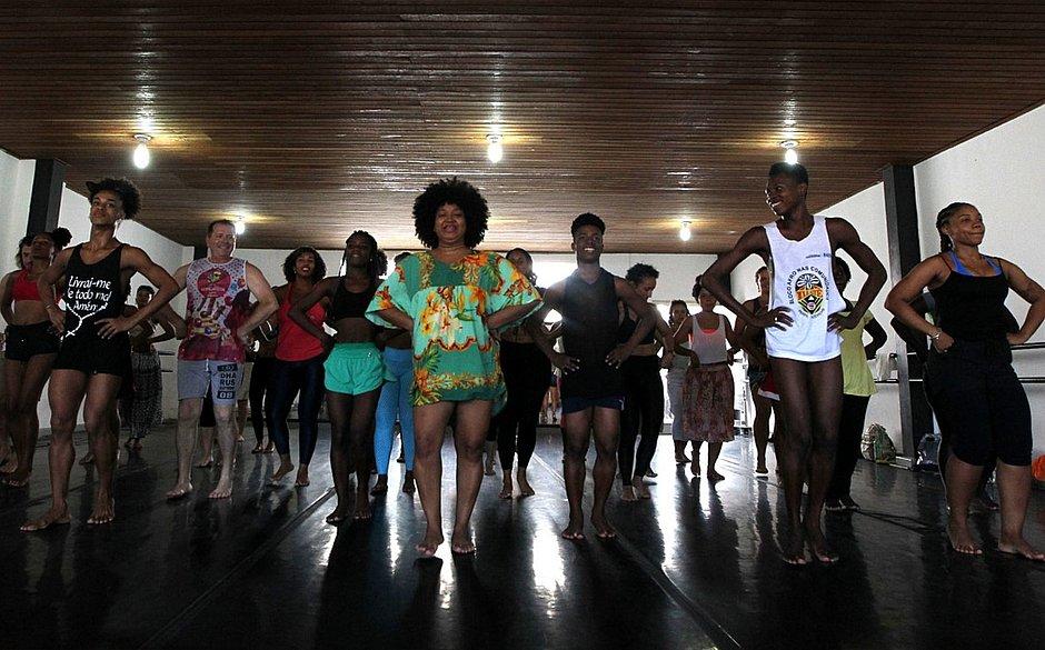 Escola de Dança da Funceb, no Pelourinho, abre 900 vagas para cursos de férias