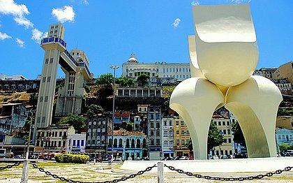 Monumento de Mário Cravo Jr será reconstruído e voltará ao Comércio
