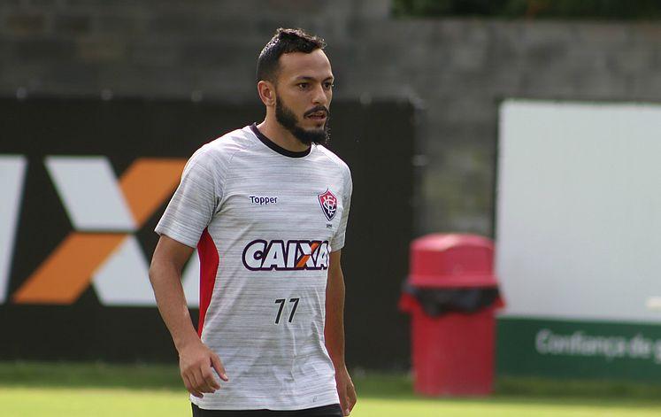 Vitória renova com Yago até dezembro de 2020 - Jornal CORREIO ... 81efd556ad9ac