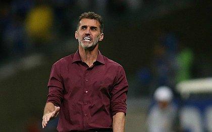 Vagner Mancini projeta jogo difícil no reencontro entre Vitória e Internacional pela Copa do Brasil