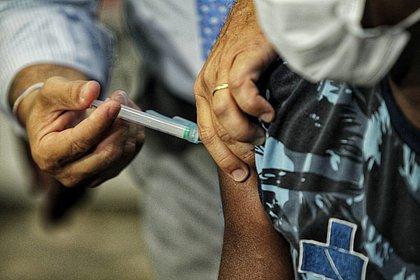Primeiro dia de vacinação começou pela Osid