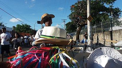 Da praia para a Colina: chapéu modinha do Verão bombou na Lavagem do Bonfim