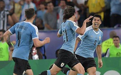 Uruguai e Peru jogarão em Salvador nas quartas de final