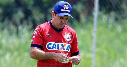 Enderson Moreira já está de olho no calendário tricolor desta temporada