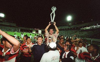 Em 1999, o artilheiro do torneio foi Uéslei do Bahia, mas o Vitória é novamente o dono da taça com um placar de 2x0 sobre o Bahia.