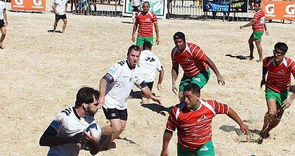 Rugby na praia? Morro de São Paulo sedia torneio no fim de semana