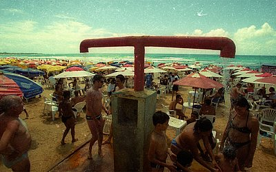 Segundo dia do ano 2000, praia de Piatã