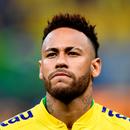 Neymar momentos antes da partida contra o Catar