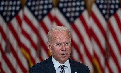 Biden promete resgatar afegãos que ajudaram tropas dos EUA contra o Talibã