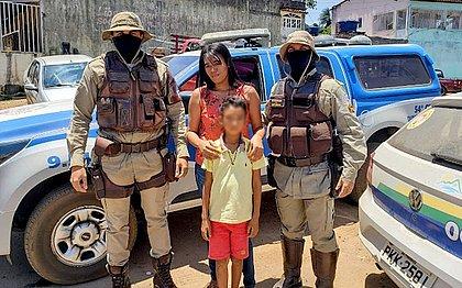 PMs salvam criança engasgada com pirulito em Pindobaçu