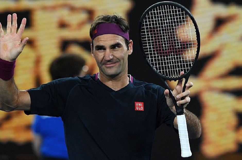 Roger Federer em ação na segunda rodada do Aberto da Austrália