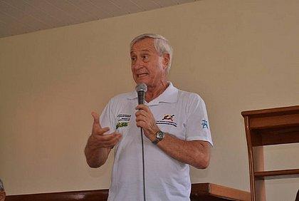 'Violência verbal muito pesada', diz padre hostilizado por bolsonaristas