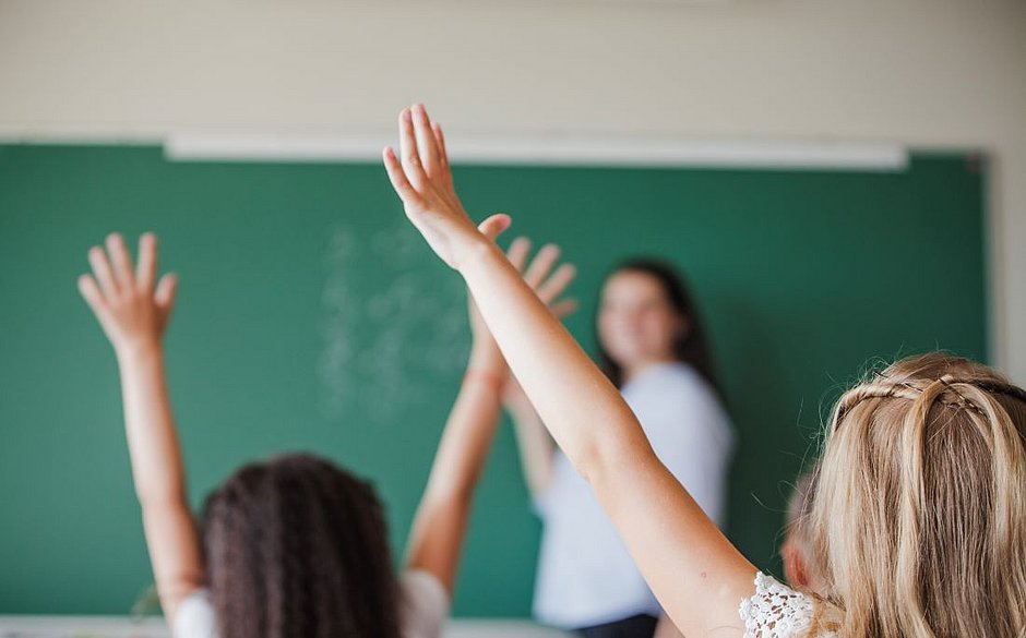 Ensino nas escolas brasileiras é destaque entre 18 países, segundo pesquisa internacional
