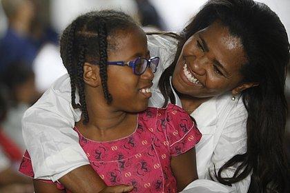 Pais esperam até 11 anos para conseguir guarda legal de filhos adotados