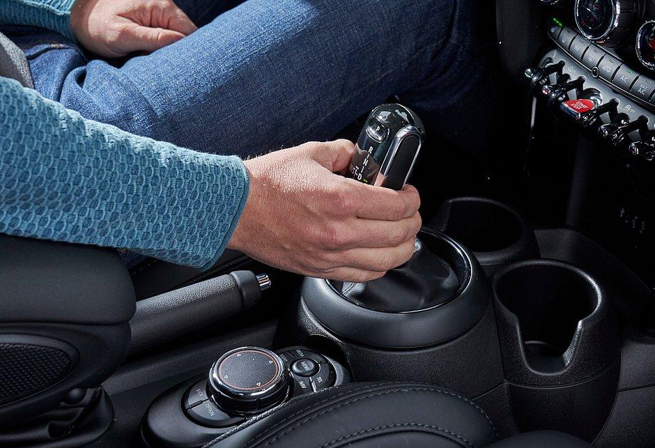 A expectativa é que mais de 60% dos carros novos vendidos no Brasil este ano estejam equipados com transmissão automática
