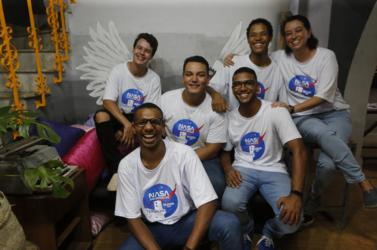 Genilson, Pedro Antônio, Thiago, Leka e Ramon (na frente)