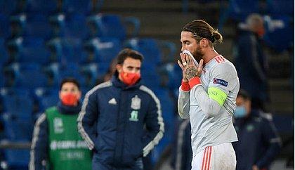 Diagnosticado com covid-19, Ramos ficará afastado dos treinos no Real Madrid