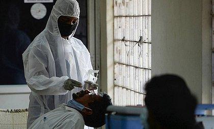 100 pessoas tiveram contato com infectados pela variante indiana no Brasil