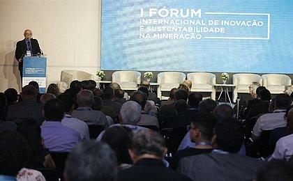 Oportunidade de ouro: Fórum discute sustentabilidade e inovação na mineração