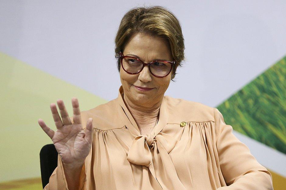 A ministra da Agricultura, Tereza Cristina, participa de um painel hoje às 18h30