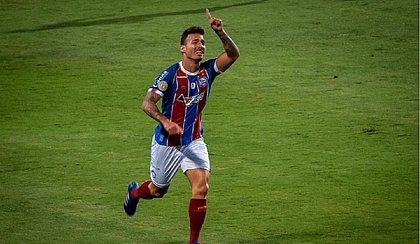 Zeca foi às lágrimas após marcar o gol da virada do Bahia sobre o Coritiba