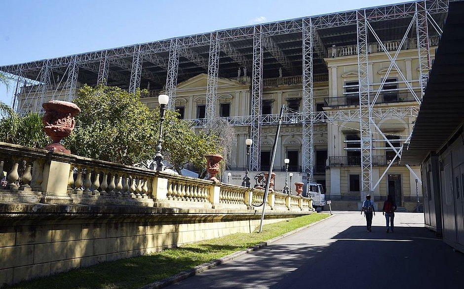 UFRJ recebe R$ 20 milhões da Assembleia do Rio para reconstrução do Museu Nacional