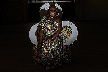 Honara Santos da Paixão: 23, atendente. Quero ser deusa do ébano para empoderar outras mulheres. @honarapaixao