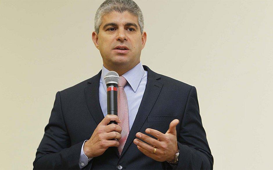 'É repugnante, inaceitável', afirma Maurício Barbosa sobre falas de Kannário