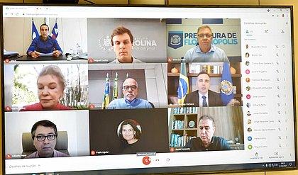 Bruno Reis e Rodrigo Pacheco fazem reunião sobre situação do transporte público