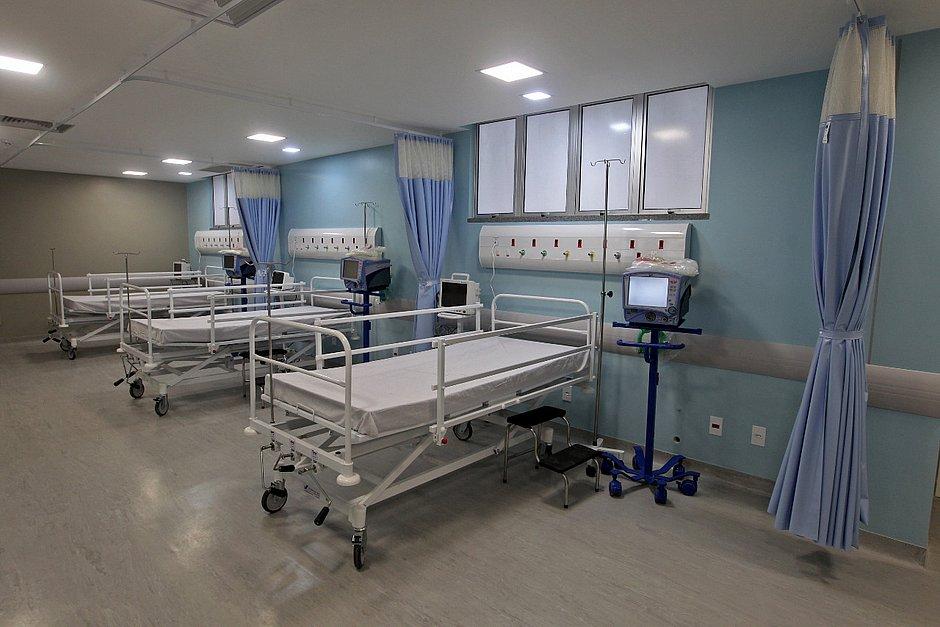 Hospital de Senhor do Bonfim recebe 20 leitos de UTI; metade é para pacientes com covid-19