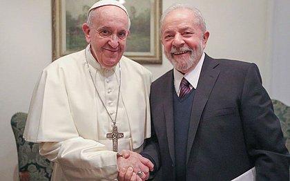 Ex-presidente Lula e Papa Francisco têm encontro no Vaticano