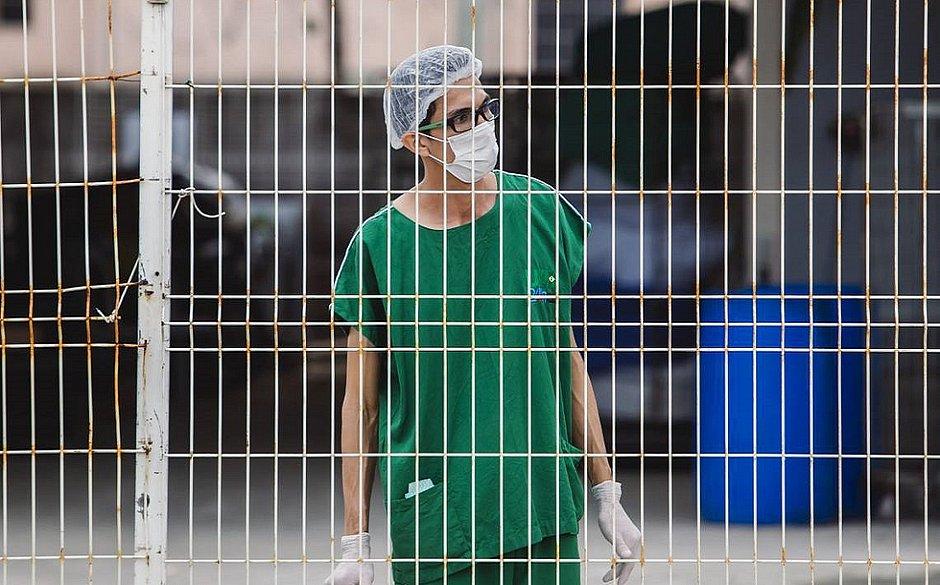 Em um mês, 5 mil profissionais de enfermagem contraíram coronavírus no Brasil