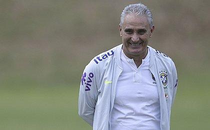 Tite tem todos os jogadores à disposição para enfrentar Paraguai