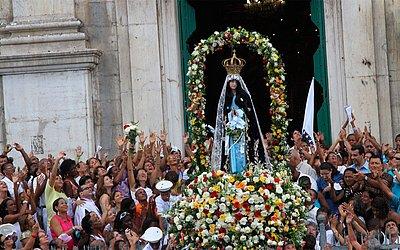Missa e procissão para Nossa Senhora da Conceição, no Comércio