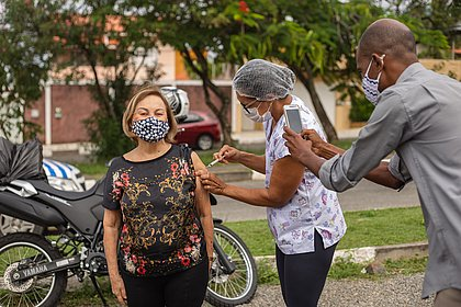 Vacinômetro: Bahia tem mais de 4,2 milhões de vacinados; Mais de 1,6 milhão com 2ª dose
