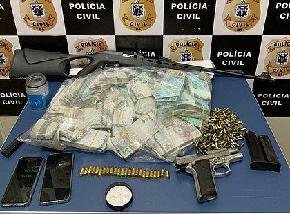Polícia apreende R$ 670 mil em fazenda na Bahia que pertence a irmão de prefeito