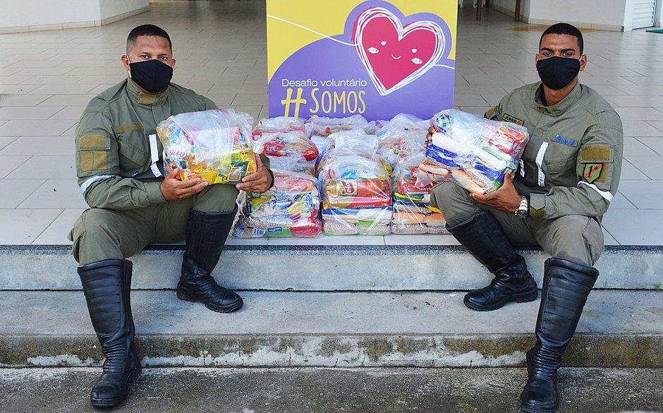 Solidariedade: 34 toneladas de alimentos são doadas no Litoral Norte e agreste da Bahia